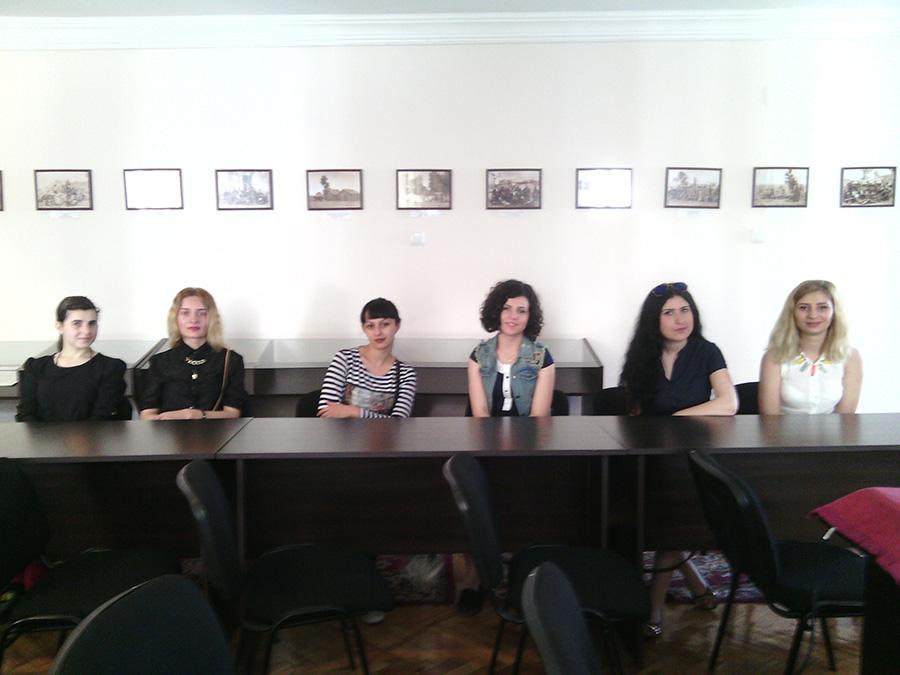 საზოგადოებრივი აკადემიის სტუდენტები საარქივო სამმართველოში სასწავლო პრაქტიკაზე 2