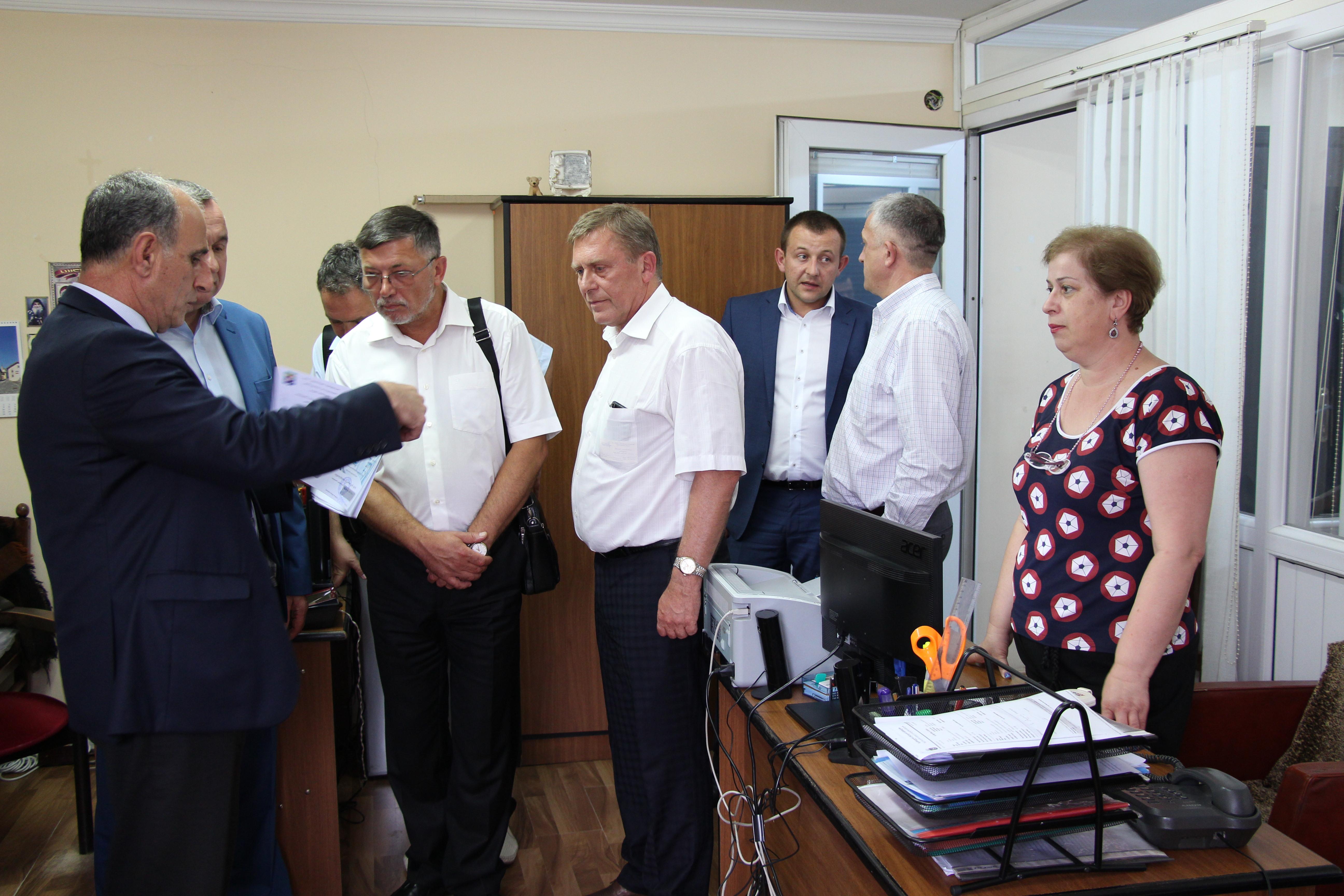მინისტრმა უკრაინელ მედიკოსებს უმასპინძლა
