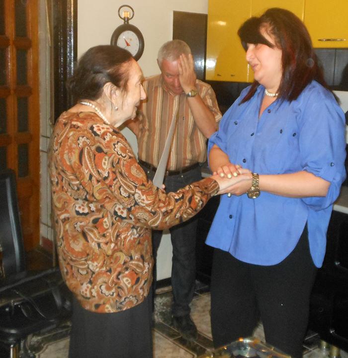 11 სტუმრად ცნობილ აფხაზ ქალბატონ ფერიდე აცამბასთან