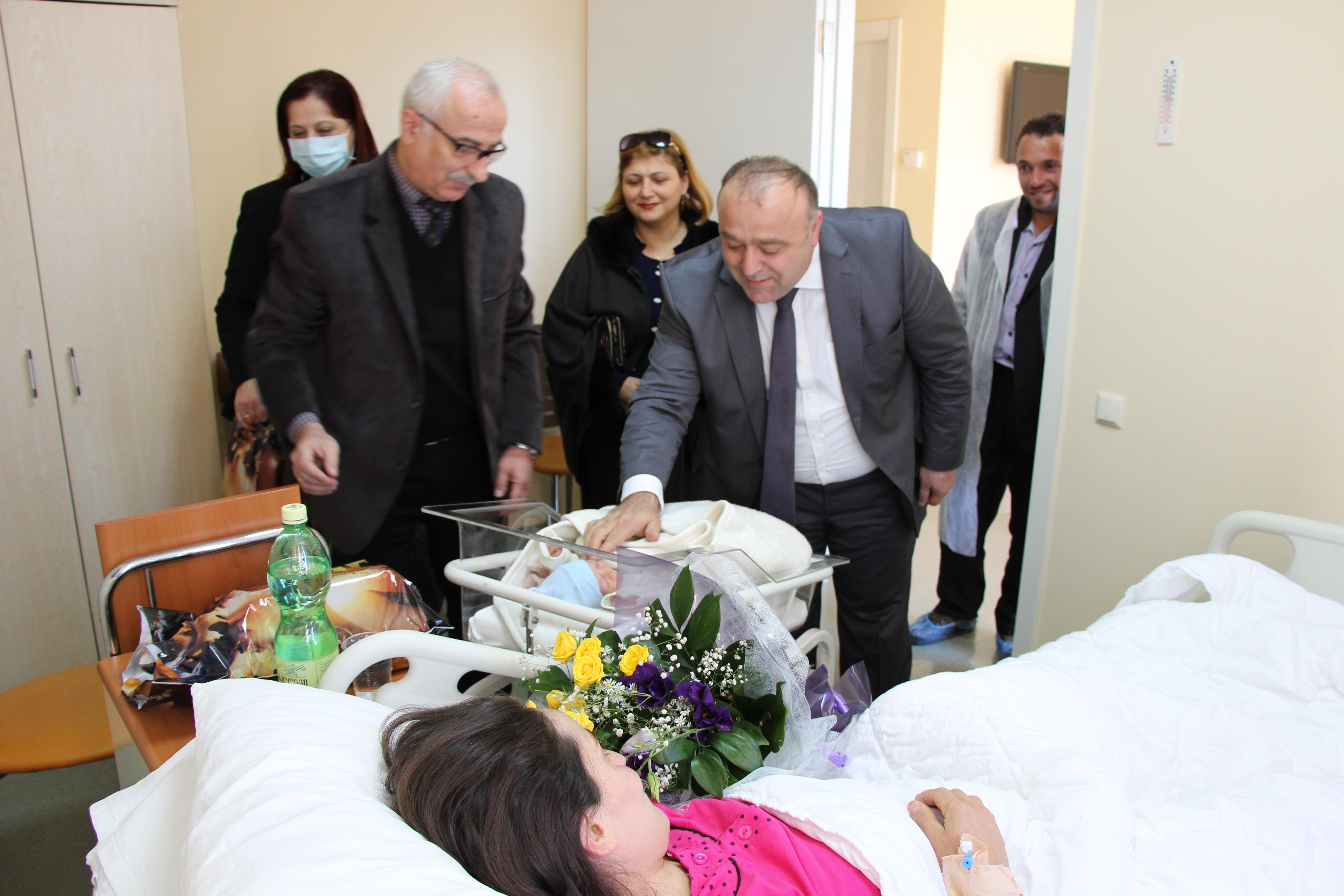 თურქი პაციენტის მონახულება